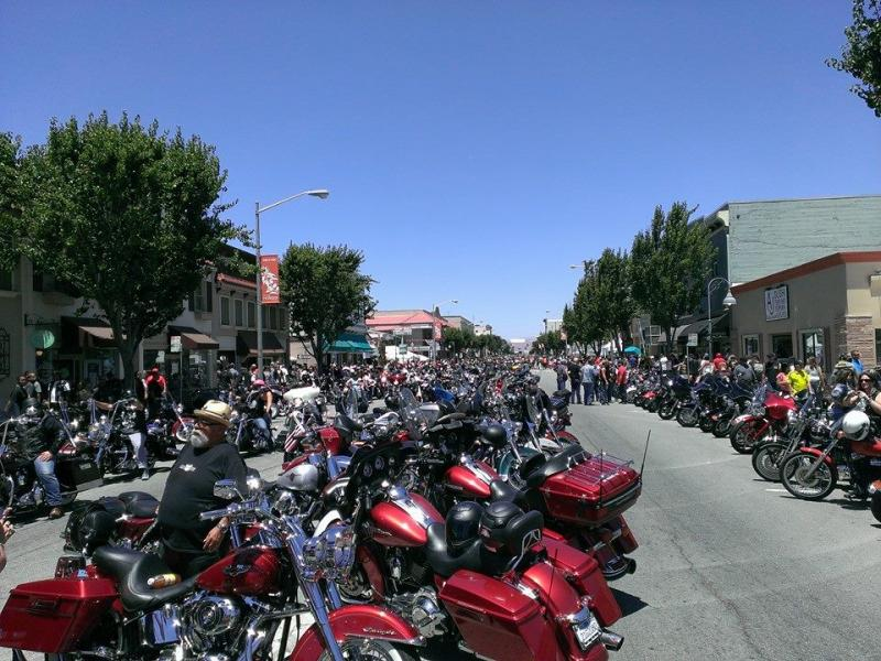 downtown bikers.jpg