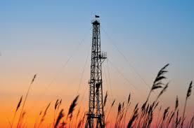 fracking well.jpg