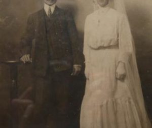 The wedding photo of Grace Gould's parents, Andrew and Hranoush Bagdasarian. Courtesy of Grace Gould.