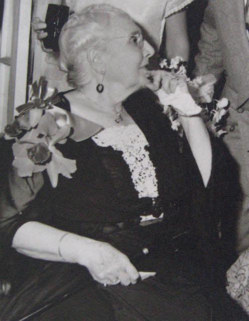 Older Dulce-Julia-Bolado-Ashe-Davis-1949.jpg