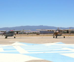 hollister airport planes.jpg
