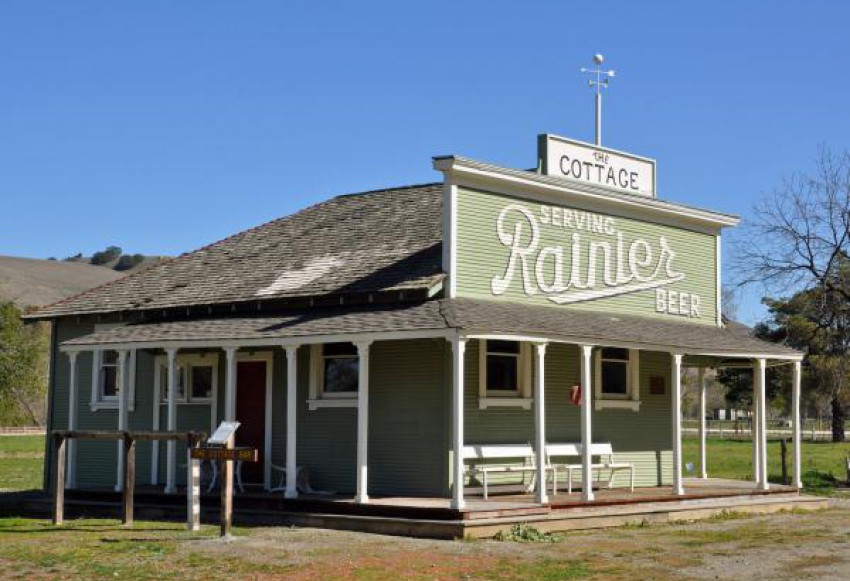 cottage at county historical park.jpg