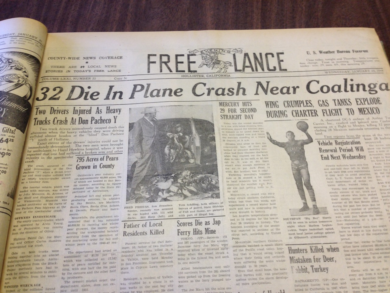 1948 Plane Crash1.jpg