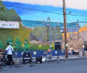 The event featured art by veteran Philip Orabuena. His mural is located the back of the Veterans' Memorial Building