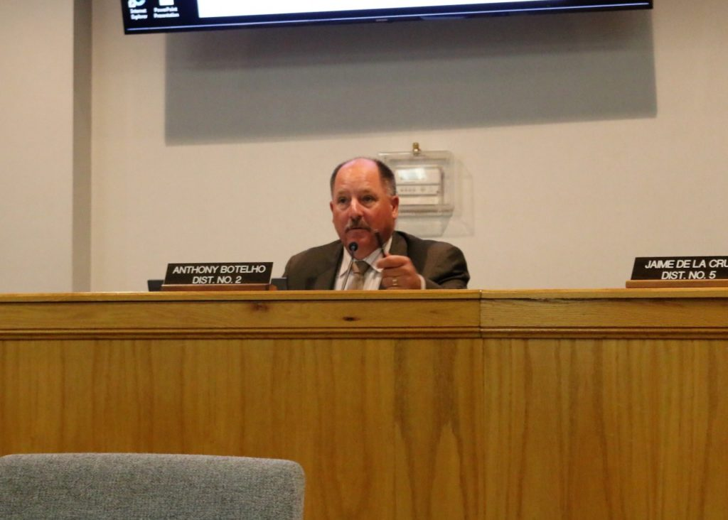 Board Chair Anthony Botelho verbally attacked HSD and said lawsuit was politically motivated. Photos by John Chadwell.