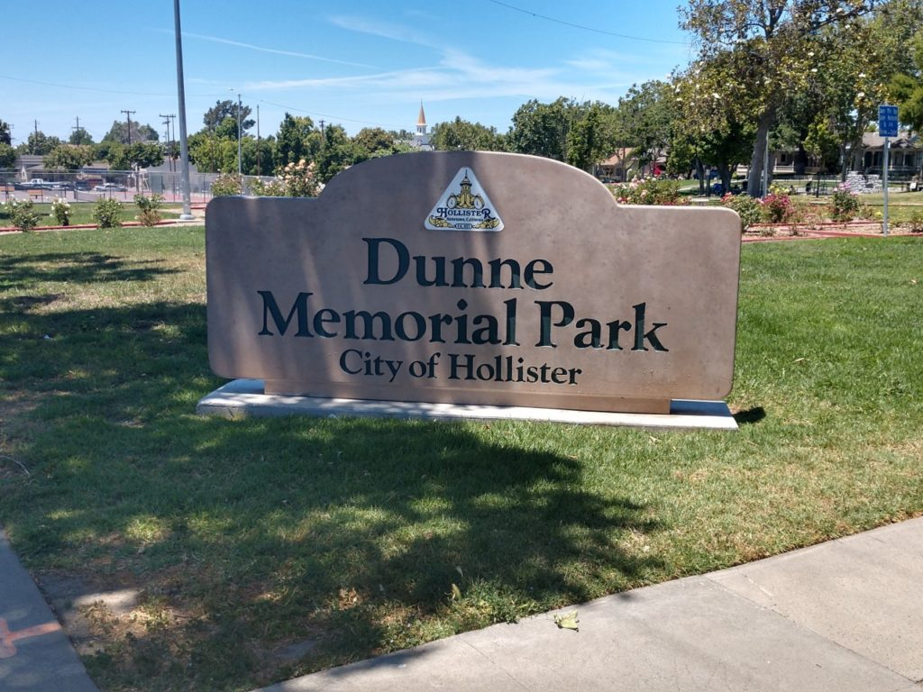 Dunne Park. Photo by Carmel de Bertaut.