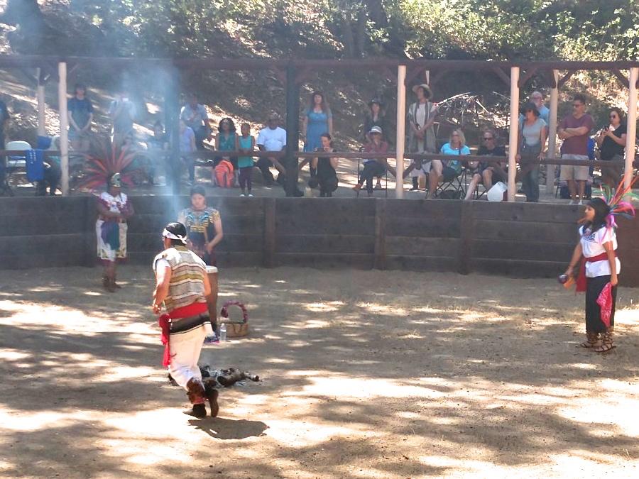 indian dancers ws2.jpg