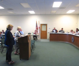 Jacki Horejs (left) and Diane Siri presenting to the board HYA's search process for superintendents. Photo by Noe Magaña.