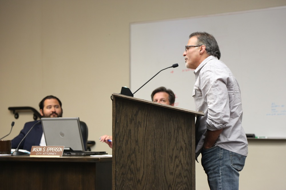 Darin Del Curto at the podium. Photo by Leslie David.