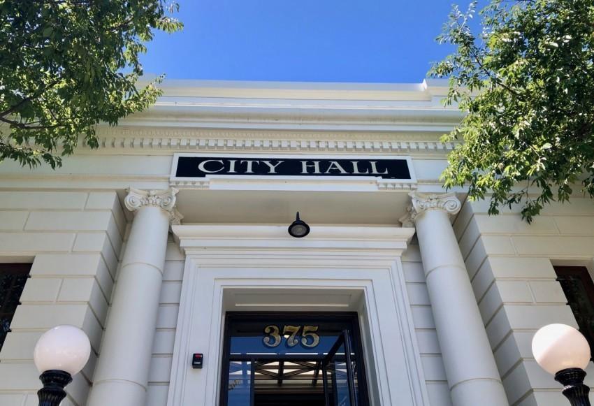 Hollister City Hall. File photo by Diviana Navarro.