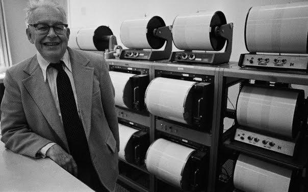 1976_Charles_Richter_Caltech.jpg