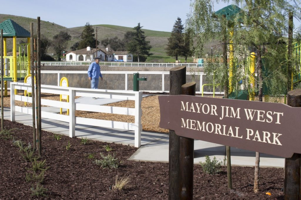 Former city councilman Tony Boch tours the Mayor Jim West Memorial Park before the dedication. Photo by Noe Magaña.