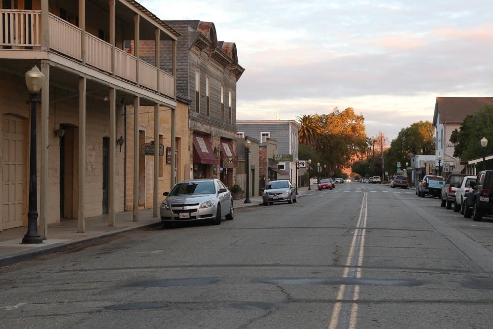 Downtown San Juan Bautista. Photo by Leslie David.