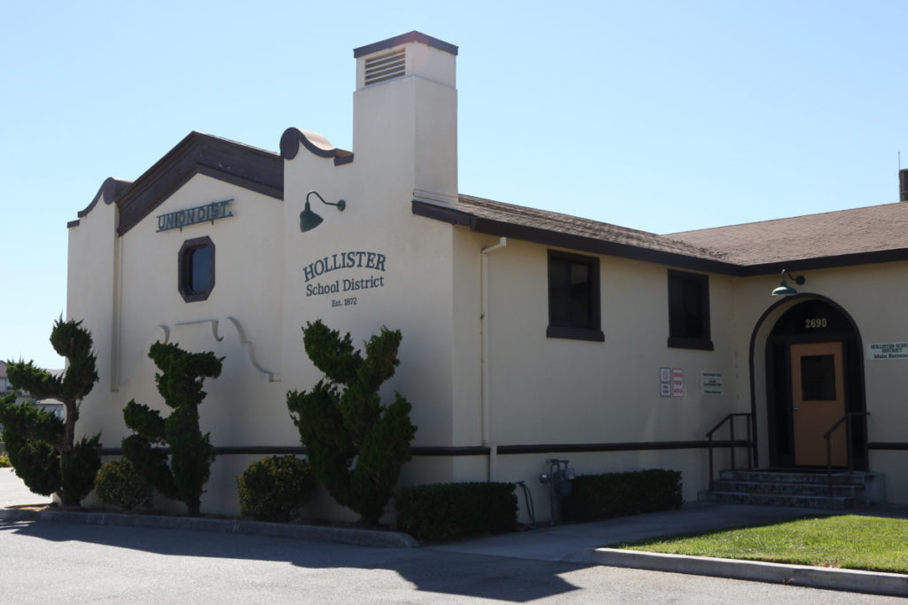 Hollister School District offices on Cienega Road. Photo by Leslie David.