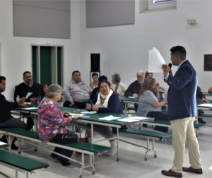 HSD Superintendent Diego Ochoa discusses LCAP issues at Ladd Lane Elementary School on April 9. Photo by John Chadwell.