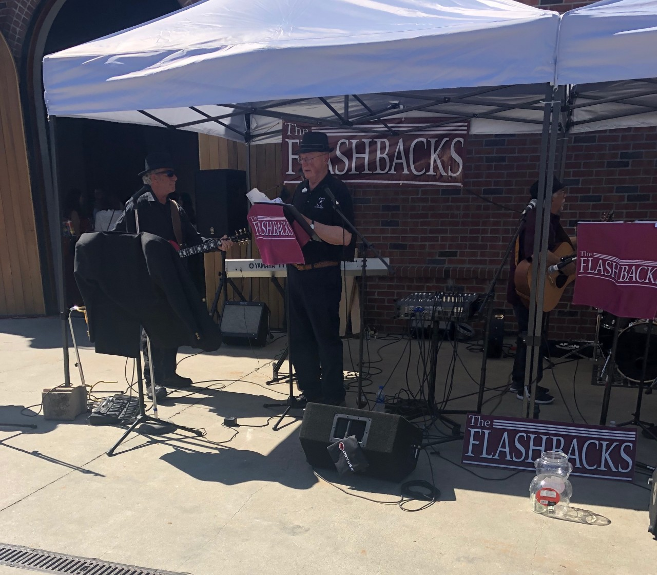 The Flashbacks performed live music at the event.