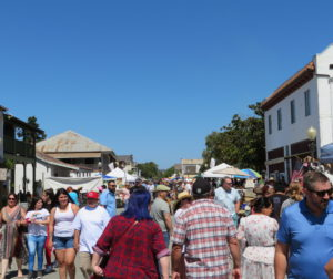 Downtown San Juan Bautista closed its streets on Aug. 11 to welcome the annual Antique and Craft Fair. Photo by Becky Bonner.