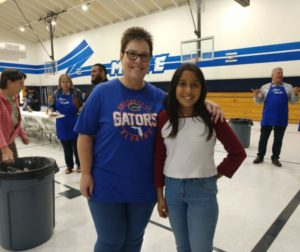 Teacher Teresa Stevens and student Kayla Gonzalez at an October student-teacher lunch at Maze Middle School. Photos by Carmel de Bertaut.