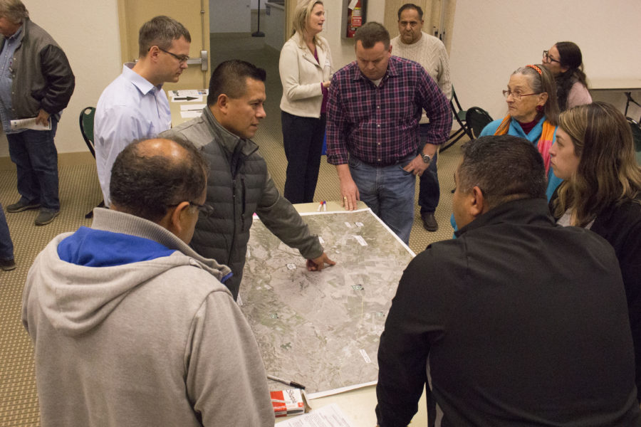Residents who attended the Dec. 11 meeting exchanged ideas about the three alternatives for the Highway 25 transit corridor between Hollister and Gilroy. Photos by Noe Magaña.