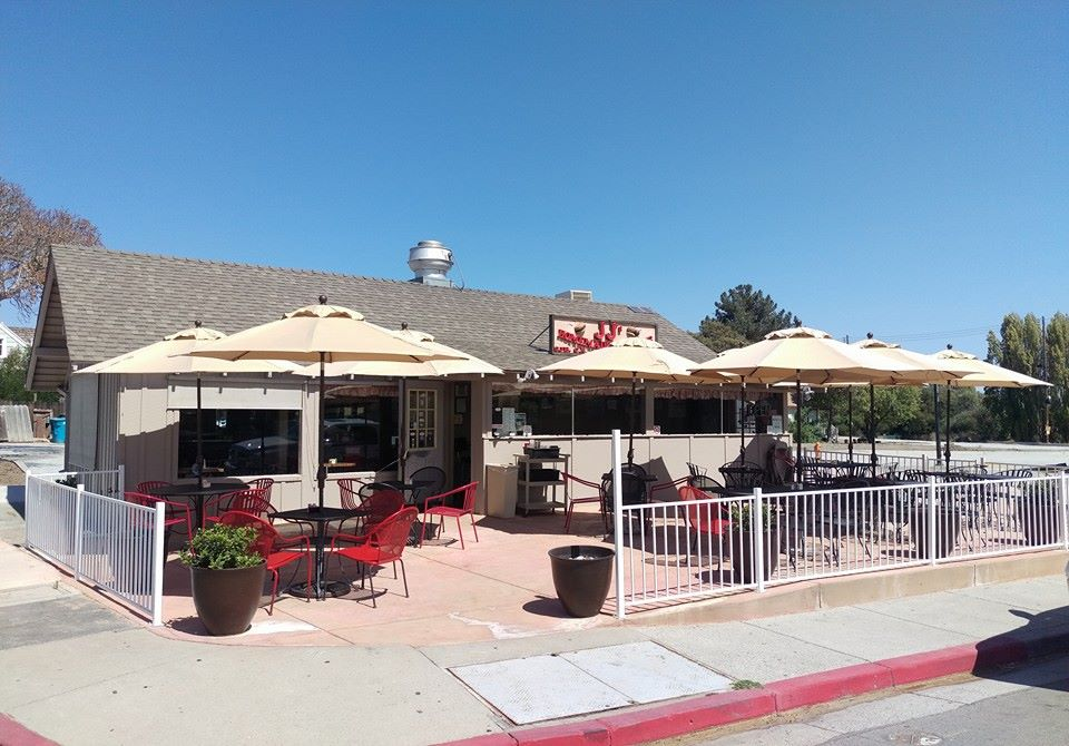 JJ's Burgers in San Juan Bautista. Photo by Robert Eliason.