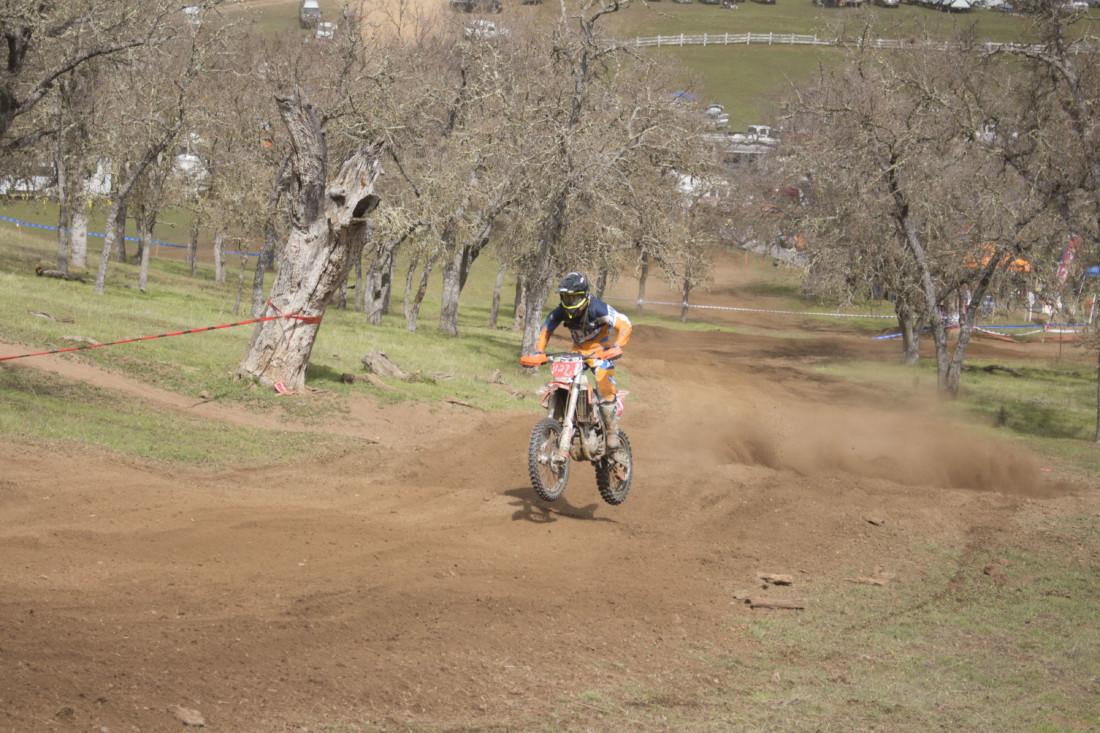 Oliveira taking advantage of the straightaways. Photo by Noe Magaña.