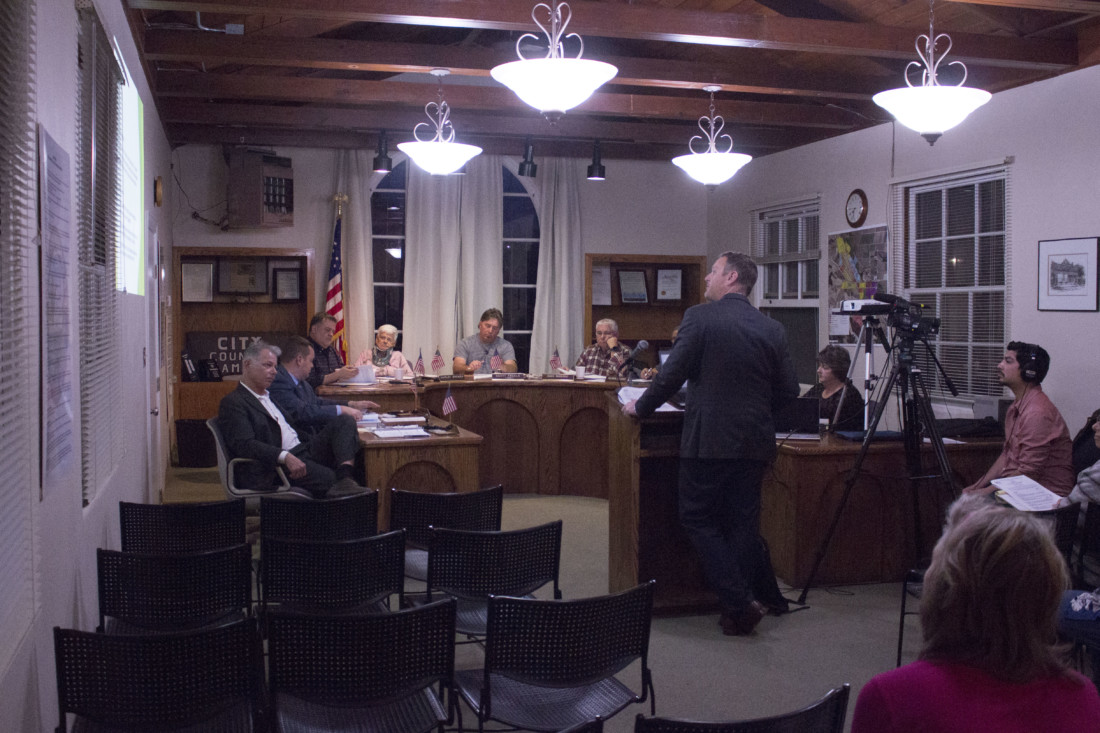 David Mack briefs the Planning Commission about San Juan Bautista's history with urban growth boundaries. Photo by Noe Magaña.