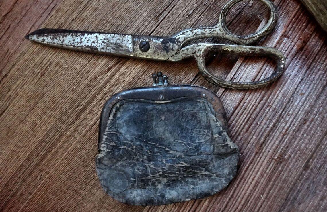 Jim Jack's scissors and coin purse. Photo by Robert Eliason.