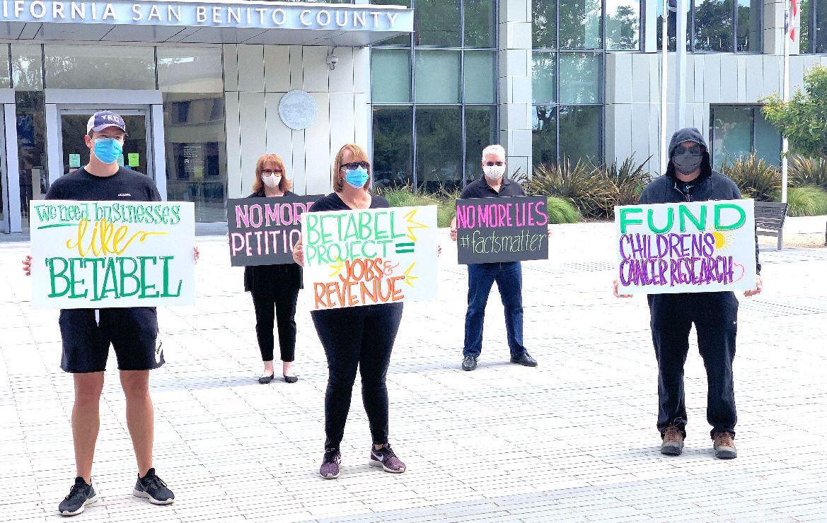 A group called San Benito Citizens for Brighter Future Protested out in front of San Benito Superior Court during the May 19 hearing, demonstrating in favor of the Betabel development. Photo by Robert Eliason.