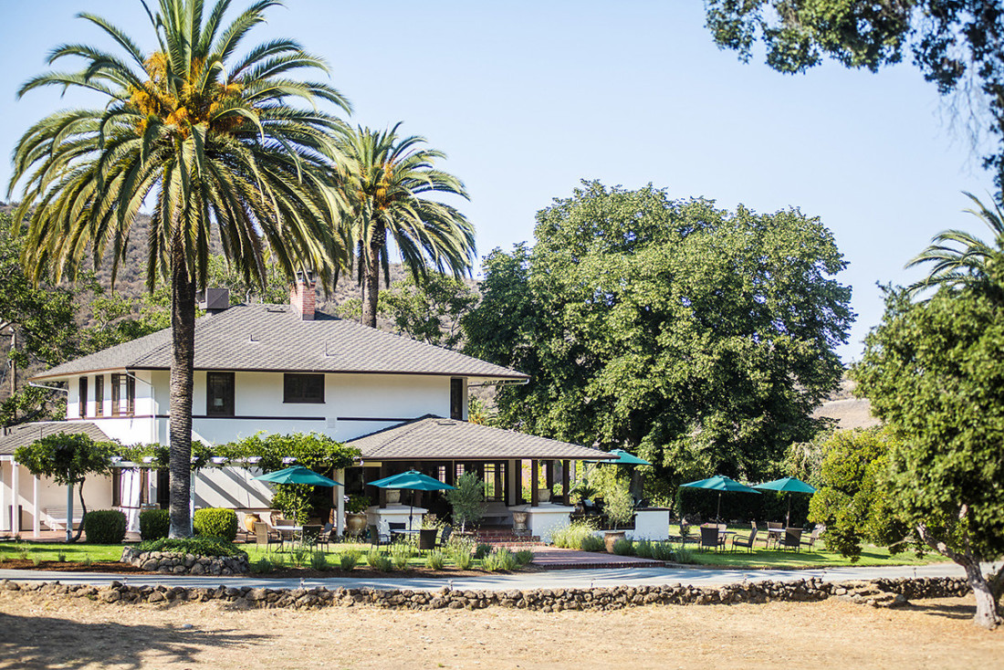 All Eden Rift wine tastings have moved to the outdoor space surrounding the Dickson house. Photo courtesy of Eden Rift Vineyards.