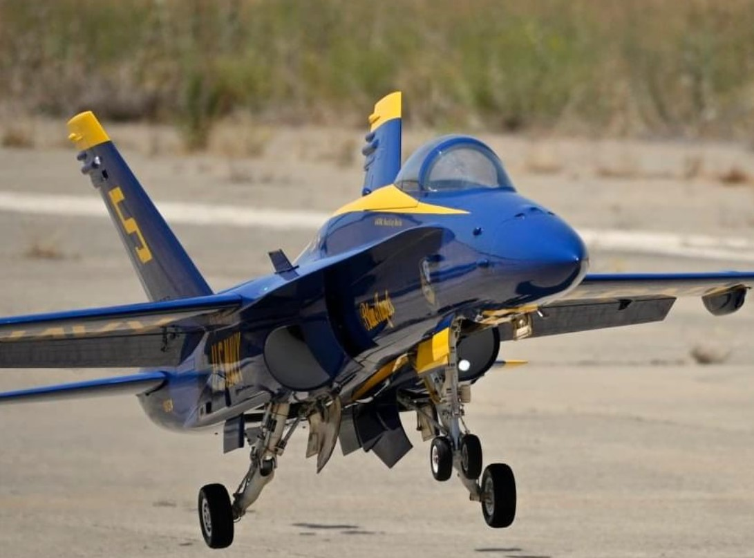 The F-18 Hornet that Andrew Torres built lands. Photo courtesy of Andre Torres.