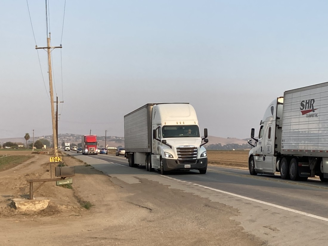 Trucks on Highway 156. Photo by Noe Magaña.