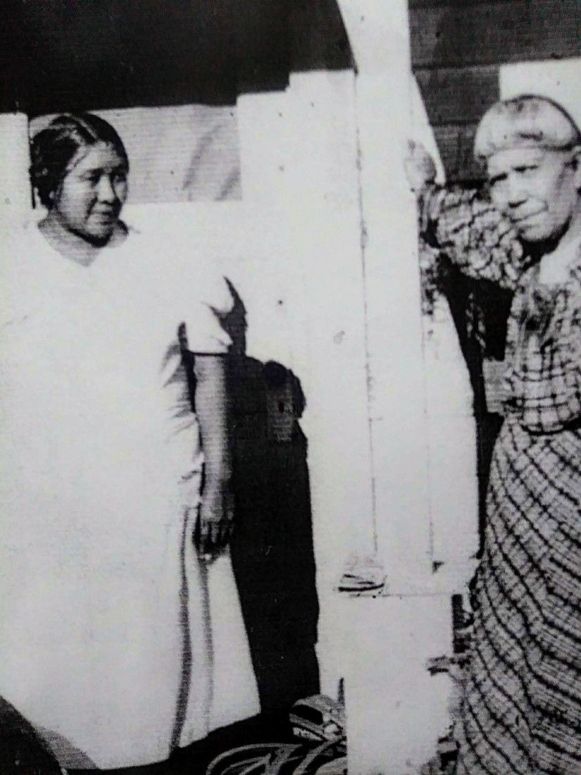 Mary Cervantes and her mother Maria Ascension Solórsano. Photo courtesy of Richard Lopez.