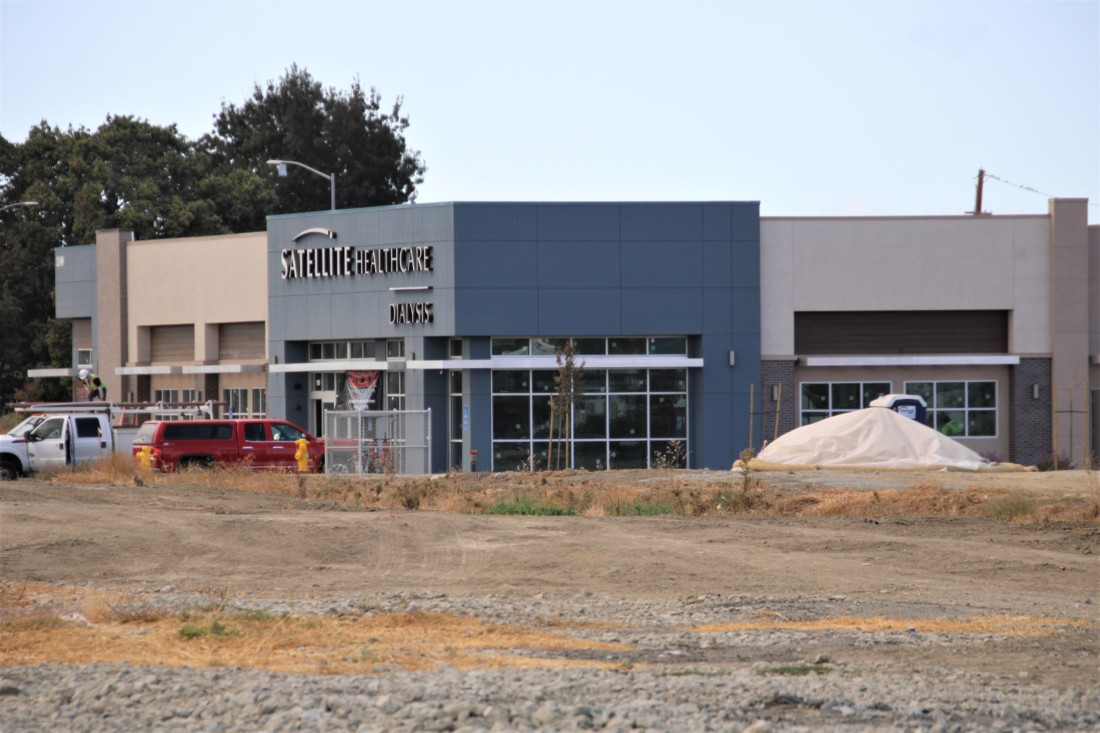 The only other building now under construction will be for Satellite Healthcare. There were supposed to be more than 20 buildings in the shopping center. Photo by John Chadwell.