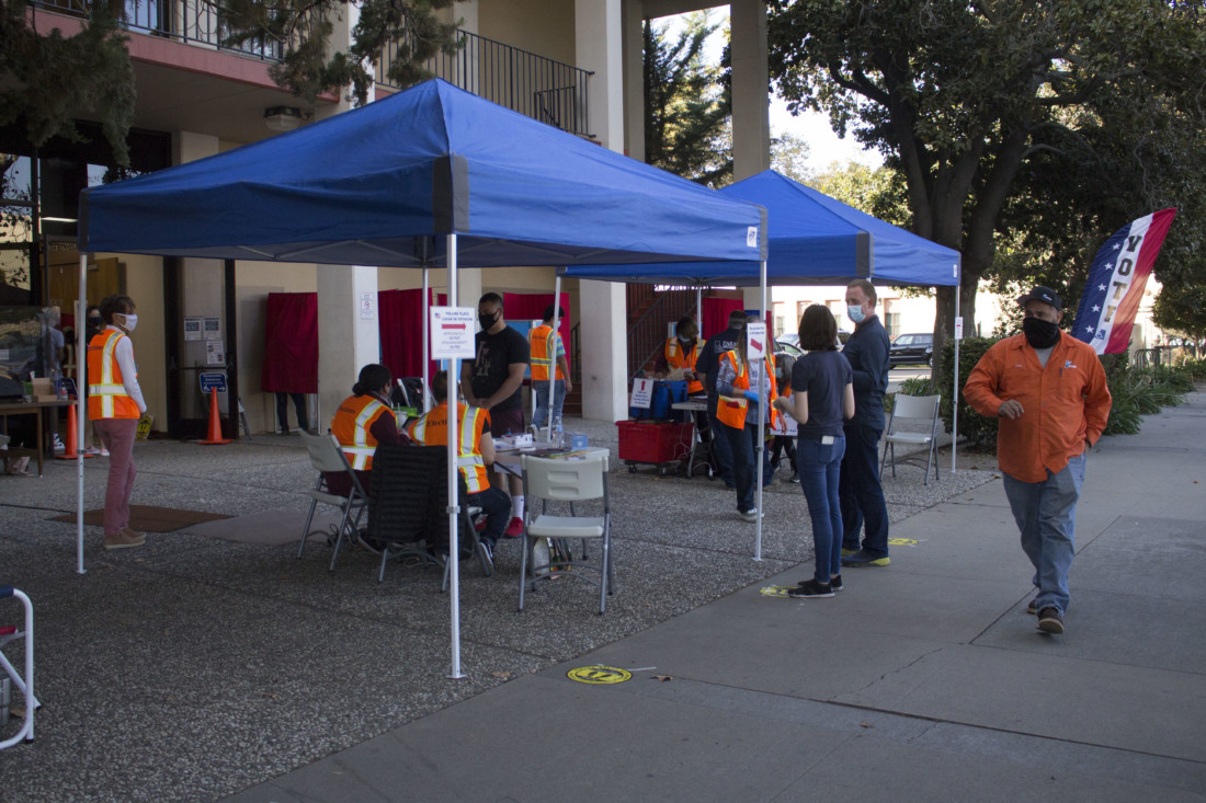 Voting station on Nov. 3 at the San Benito County Elections Office. Photo by Noe Magaña.