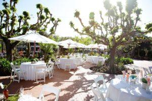 Derrière le restaurant Jardines de San Juan, se trouve un grand jardin et un patio pour ses événements en plein air. Photo gracieuseté de Jardines de San Juan.