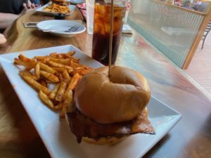 The All American burger is still a hit. Here, served with Outlaw Fries. Photo by Jenny Mendolla Arbizu.