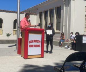 San Benito High School Superintendent Shawn Tennenbaum presenting the award to Heidi Andrade. Photo by Carissa King.
