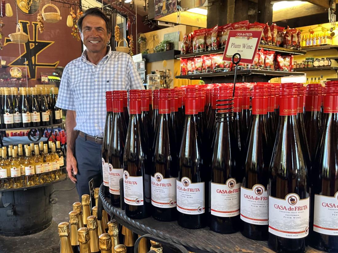 Eat, Drink, Savor: The delightful summertime wines of Casa de Fruta