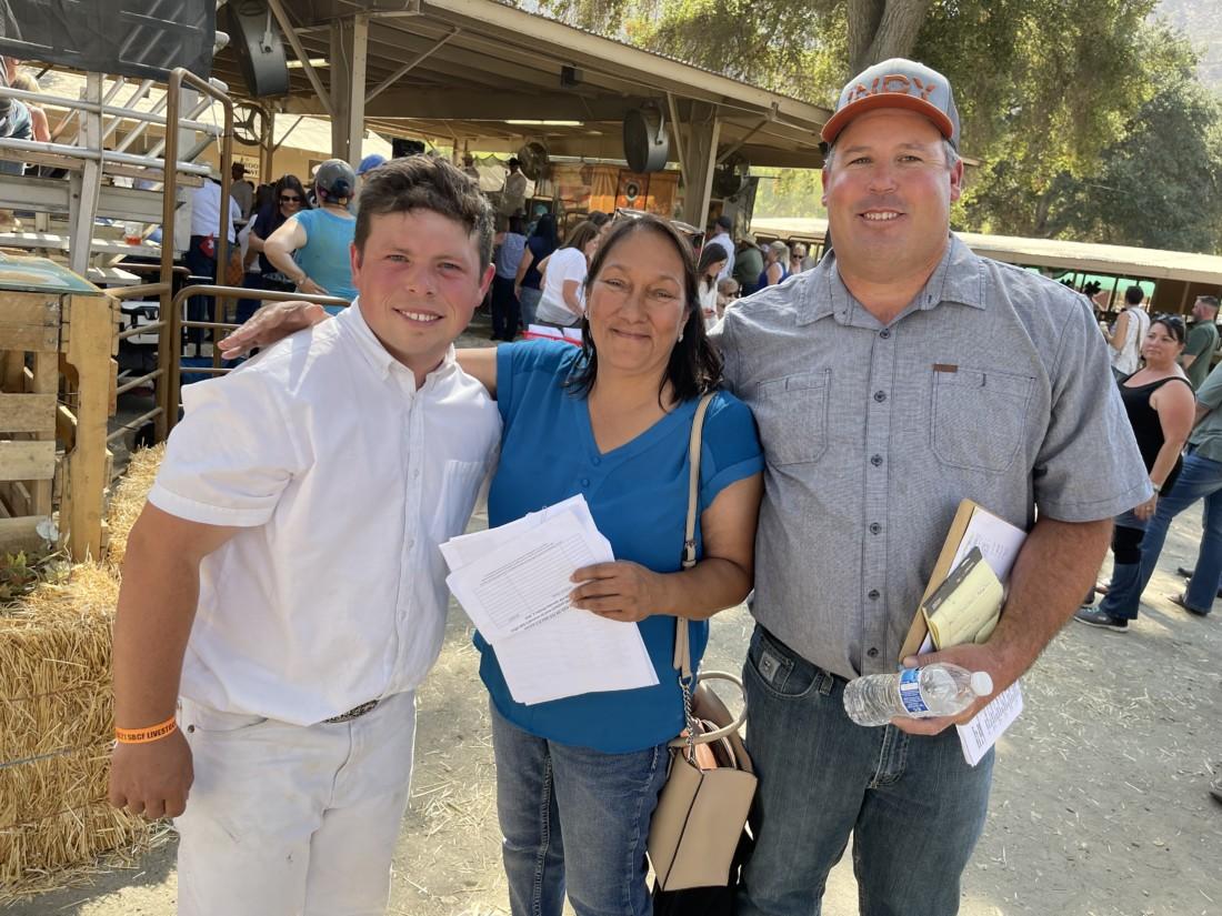 Tyler Abercrombie, Mary Allen Sanders and Tom Illingworth. Photo by Robert Eliason.