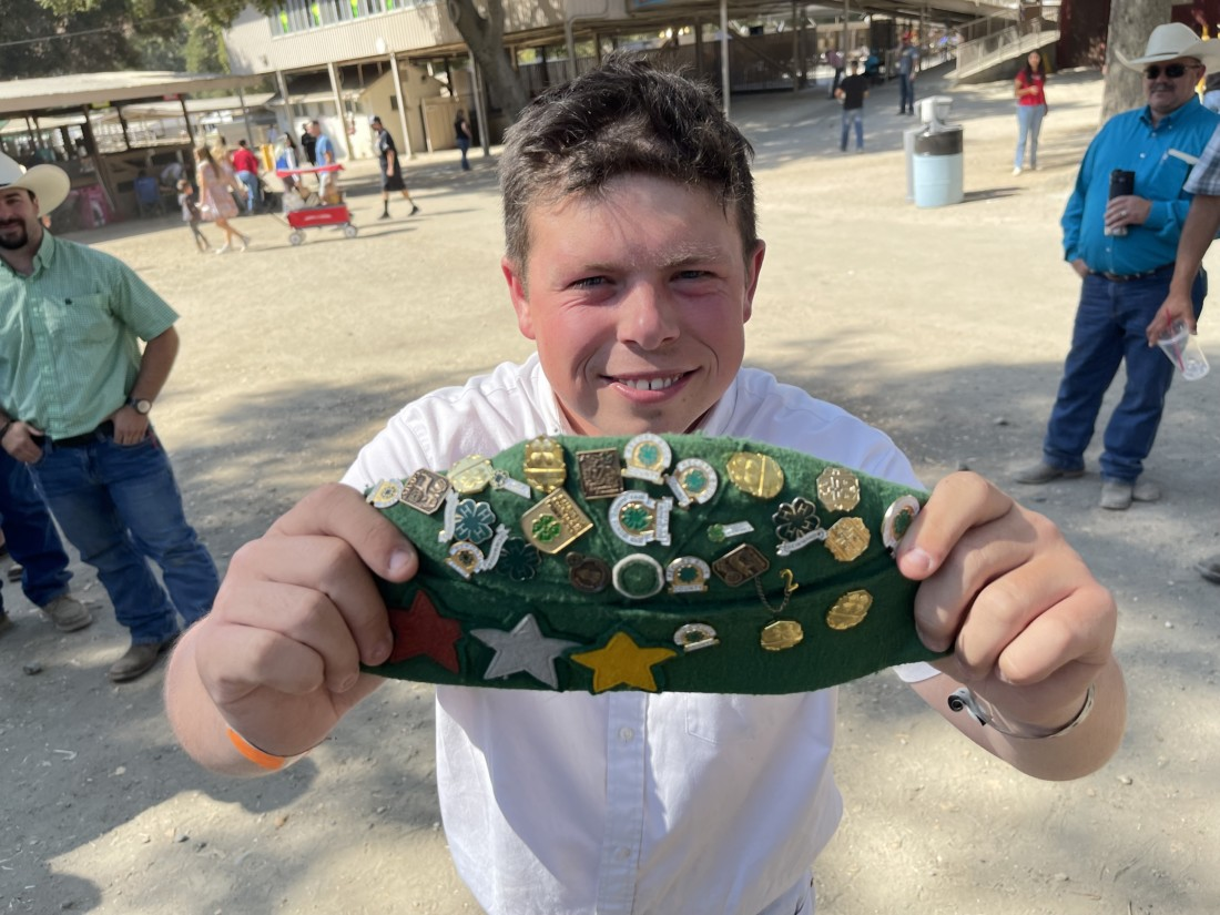 Tyler Abercrombie and his 4H hat. Photo by Robert Eliason.